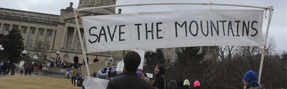"Banner ""Save the Mountains"" at I Love Mountains Day 2015"